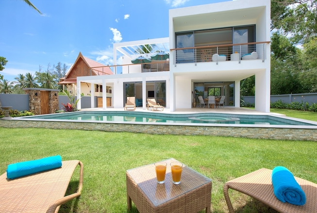 Beachfront 3 Bedroom Villa In Lipa Noi - sale