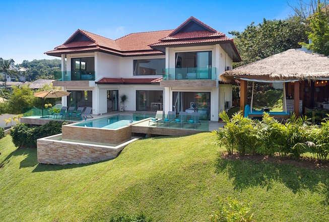 Villa with 4 bedrooms for sale in Koh Samui